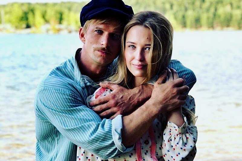 Watch the Russian film Two Shores of 2019 with Evgeny Pronin all series in a row drama hd 720-1080