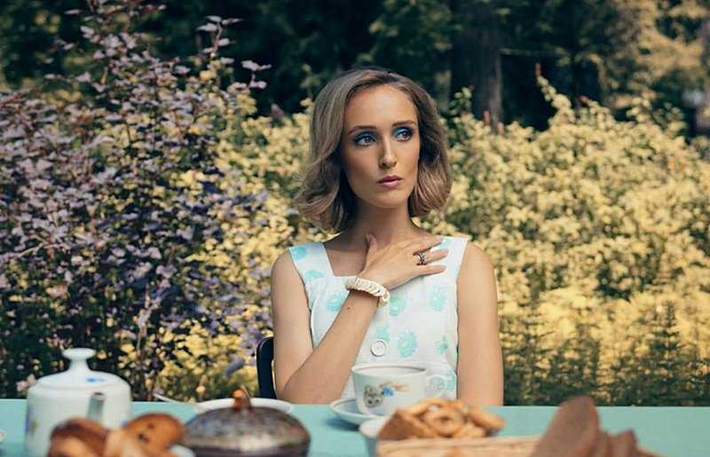 Watch the film The female version The Secret of the party dacha 2019 online series with Ardova detective free in good quality hd 720-1080