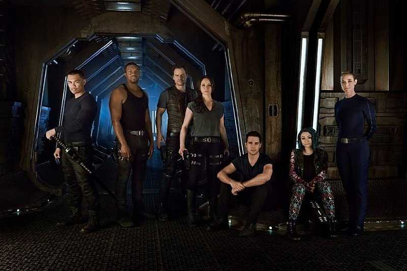 Watch the movie Dark Matter 2015-2017 online science fiction series all seasons 1,2,3 in good quality hd 720-1080