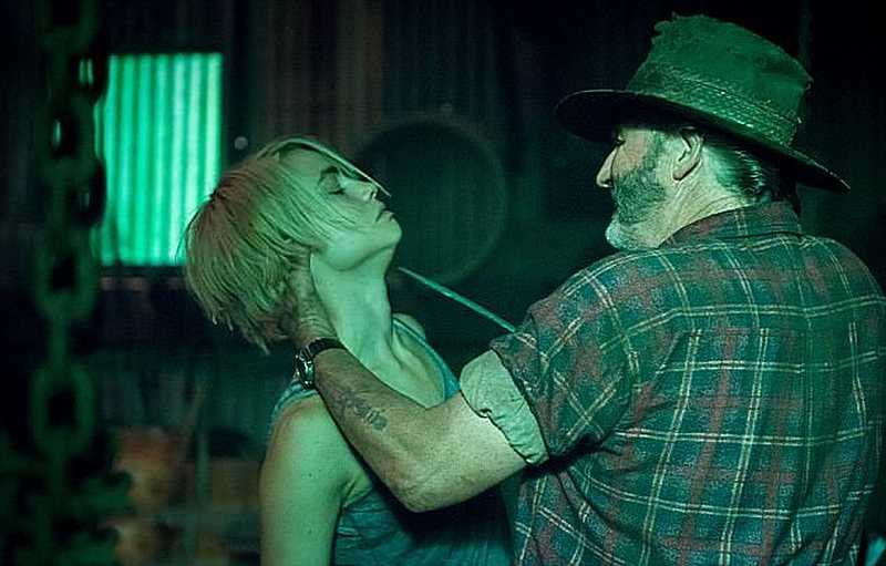 Watch the horror movie Wolf Pit / Wolf Creek 2016-2017 online australian series all seasons 1,2 in good quality hd 720-1080
